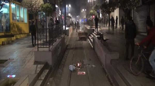 Kadiköy'de Polis Müdahalesi