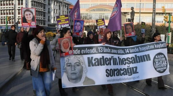 Kadin Cinayetlerini Protestoya Erkeklerden Farkli Tepki