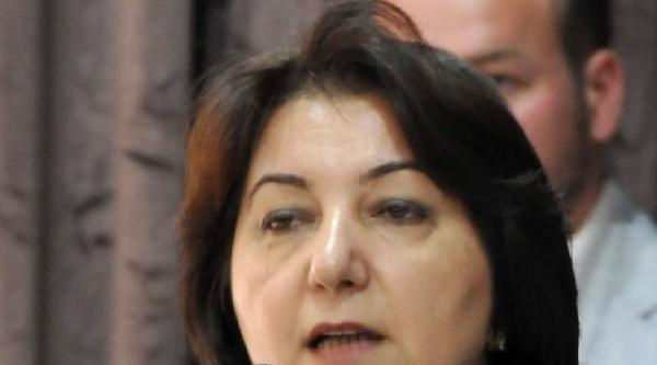 Kadın Dekan, Cinayet İşleyen Profesör Eşinden Boşandı