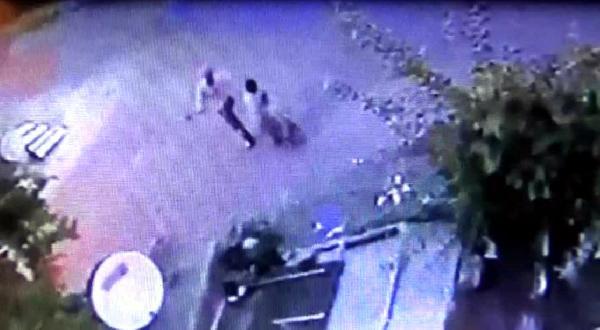 Kadına Baltalı Şiddet Güvenlik Kamerasında