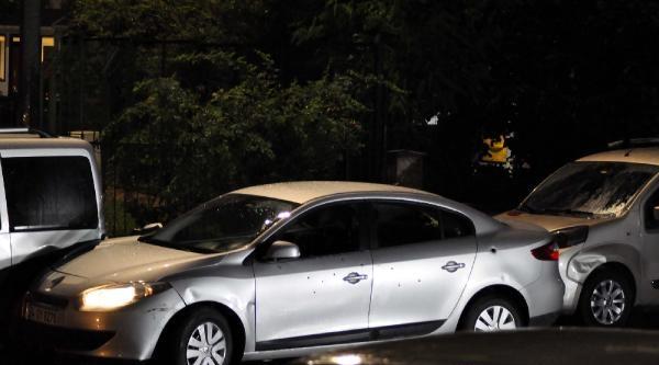 Kağıthane'de Otomobil Tarandı: 1 Ölü, 1 Yaralı