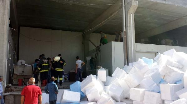 Kahramanmaraş'ta Dondurma İmalathanesinde Yangın Paniği