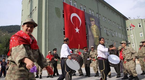 Kahramanmaraş'ta Engellilerin Askerlik Sevinci