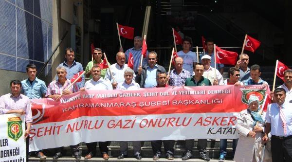 Kahramanmaraş'ta Şehit Aileleri Ve Gazilerden Bayrak Protestosu
