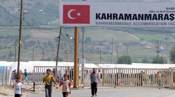 Kahramanmaraş'taki Çadir Kentte Buruk Bayram