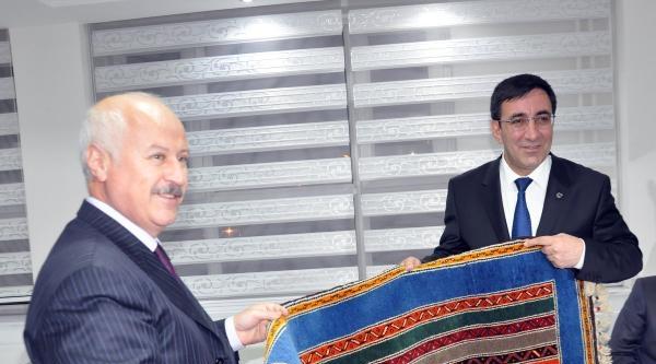 Kalkınma Bakanı Yılmaz: Türkiye'nin İstikrarini Bozmak İstiyorlar(2)