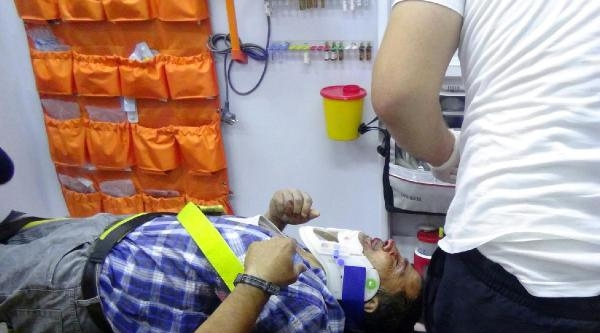 Kamyonun Çarptiği Yaya Ağır Yaralandı