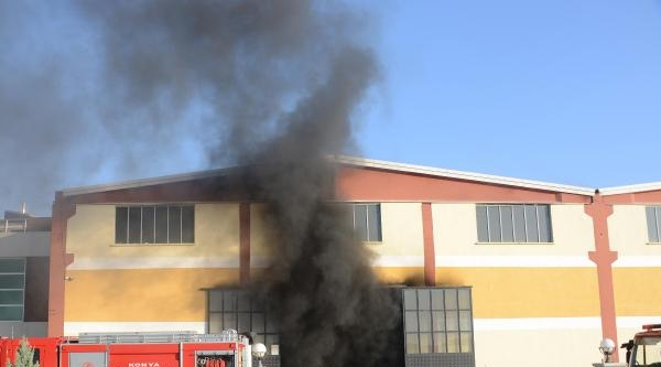 Kamyonun Yakıt Deposu Patladı: 1 İşçi Yaralı