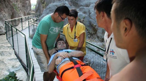 Kanyonu Sel Bastı: 1 Öldü, 8 Yaralandı (2)