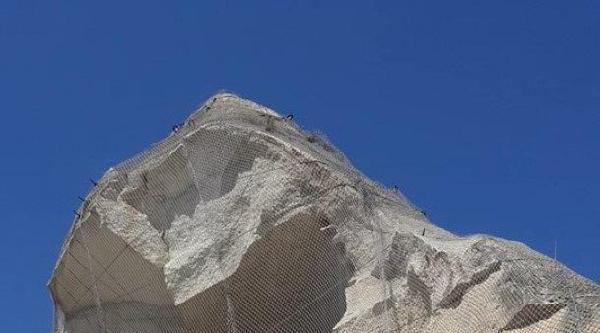 Kapadokya'da Yıkılan Peribacası Restore Ediliyor