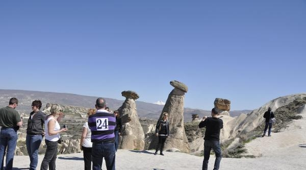 Kapadokya'yı İki Ayda 204 Bin Turist Ziyaret Etti