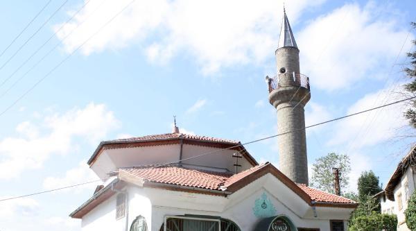'kapatılan Cami Yeniden Açılsın' Eylemi
