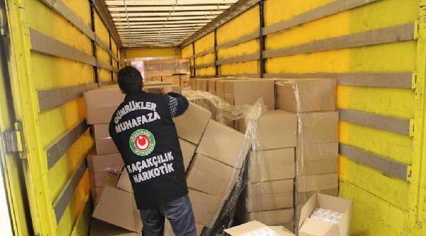 Kapıkule'de 2 Milyon 750 Bin Filtreli Sigara Kağıdı Ele Geçirildi