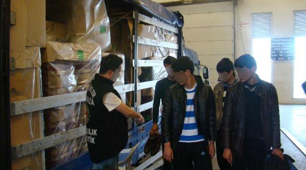 Kapıkule'de 2 Operasyonda 8 Kaçak Yakalandı