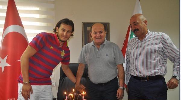 Kaptan Mustafa, 1 Yıl Daha Karşıyaka'da