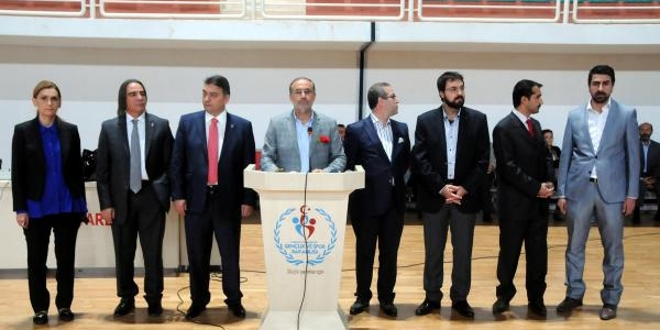 Kapusuz: Ak Parti Türkiye'nin Değil, Dünyanin En Büyük Siyasi Hareketidir