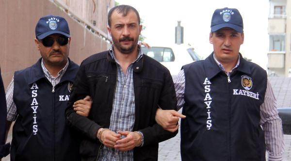 Kar Maskeli Soyguncu İstanbul'da Yakalandı