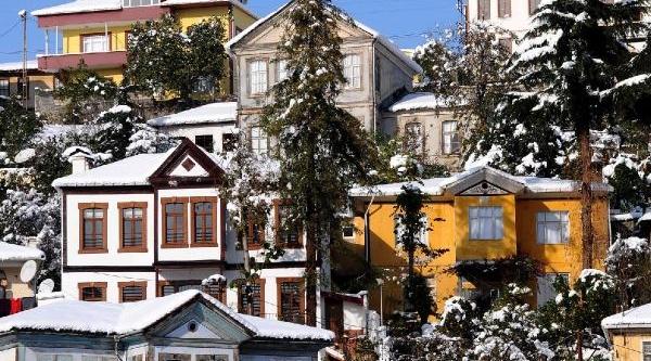 Kar Yağişi Güzellikleri De Ortaya Çikardi