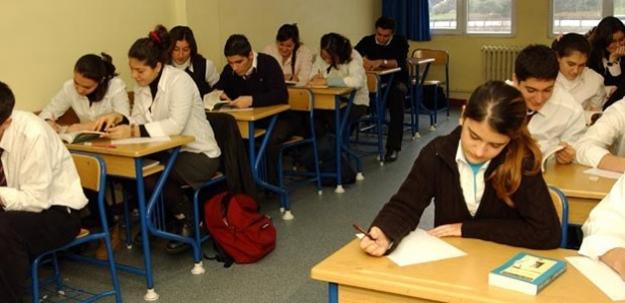 Kara Harp Okulları'na İmam Hatipliler Başvuramayacak...