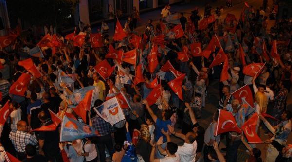 Karabük'te Havai Fişekli Kutlama