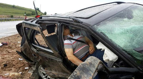 Karabük'te Kaza: 2 Ölü, 1 Ağır Yaralı