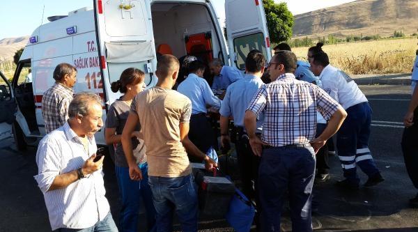 Karakoçan'da Trafik Kazası: 1 Ölü, 3 Yaralı