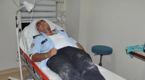 Karaman'da Gürültü Yapan Gençler, Kendilerini Uyaran 3 Polisi Hastanelik Etti