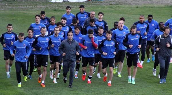 Kardemir Karabükspor Avrupa İçin Beşiktaş'ı Yenme Peşinde