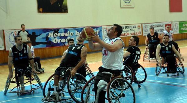 Kardemir Karabükspor-beşiktaş: 83-80 (tekerlekli Sandalye)