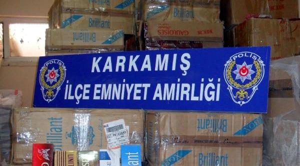 Karkamiş'ta 15 Bin Paket Kaçak Sigaraya 1 Tutuklama