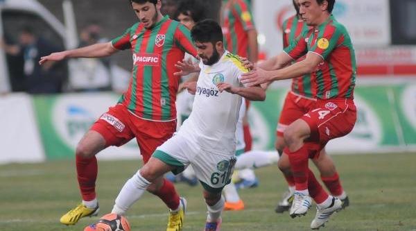 Karşiyaka - Şanliurfaspor Maç Fotoğraflari