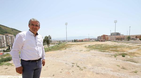 Karşıyaka Stadı İçin İkna Turu