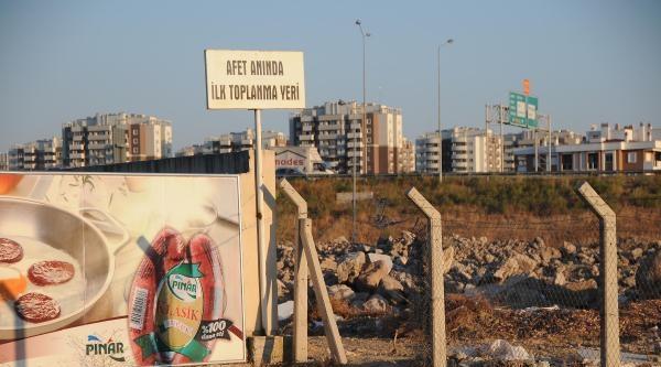 Karşıyaka'da Moloz İsyani