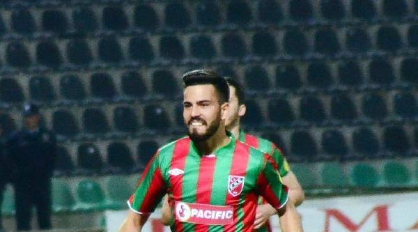 Karşıyaka'nın Cenk Transferi Zorda