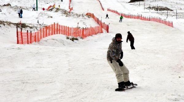 Kartalkaya'da Kar Seviyesi Düştü