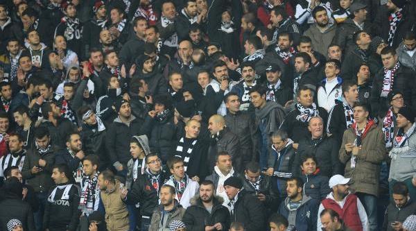 Kasimpaşa - Beşiktaş Maçinin Ilk Yari Fotoğraflari