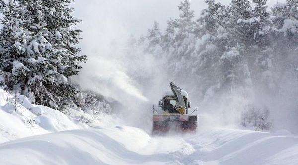 Kastamonu'da 257 Köy Yolu Kardan Kapali