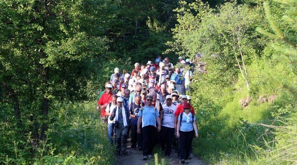 Kastamonu'da 'atatürk Ve İstiklal Yolu Yürüyüşü'
