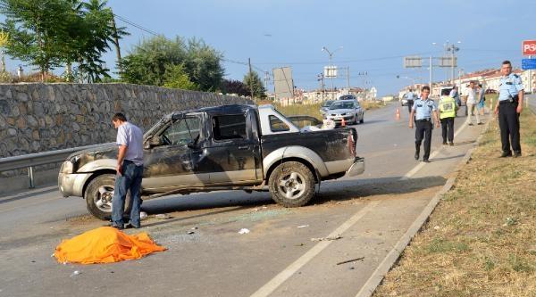 Kastamonu'da Kamyonet Takla Attı: 1 Ölü, 1 Yaralı
