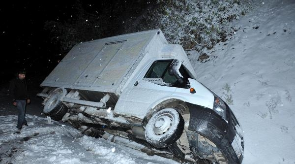 Kastamonu'da Kar Ulaşımı Aksattı