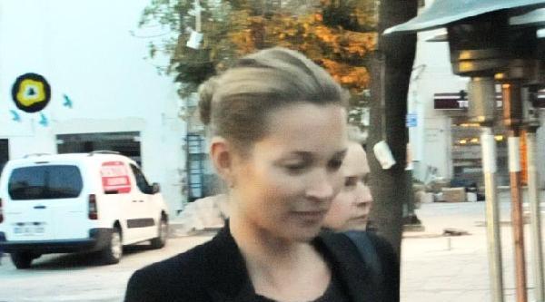 Kate Moss, Alışverişte Objektife Takıldı
