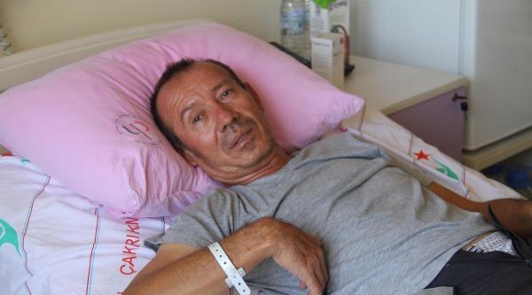 Kayalıklara Düşen Yamaç Paraşütü Pilotu Yaralandı