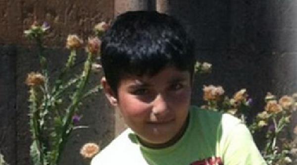 Kaybolan 9 Yaşındaki Mert'i Bulmak İçin Polis Seferber Oldu