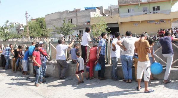 Kayıp Suriyeli'nin Cesedi Derede Bulundu