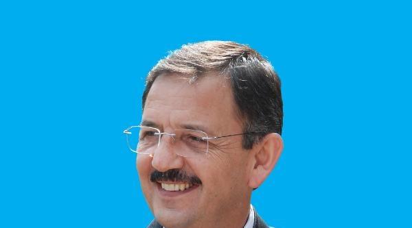 Kayseri Belediye Başkanlığını Ak Partili Özhaseki Yeniden Kazandı