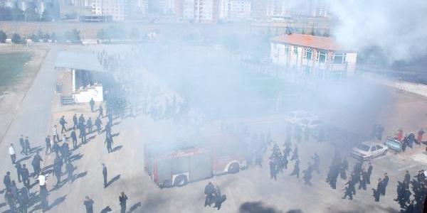 Kayseri Polis Meslek Yüksekokulu'nda Yangin Tatbikati