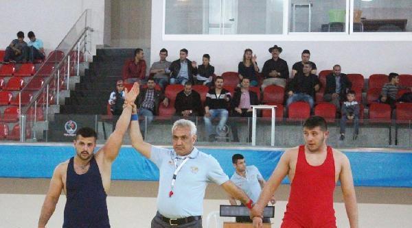 Kayseri Şekerspor Güreş Takımı Terfi Maçlarına Katılacak