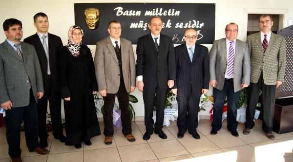 Kayseri'de Aile Hekimlerinin 8 Saat Nöbet Tepkisi