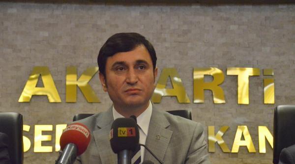 Kayseri'de Ak Parti İl Başkanı Ve Yönetim Kurulu İstifa Etti