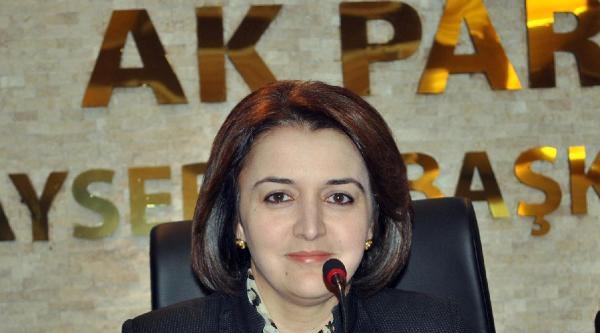 Kayseri'de Ak Parti Kadın Kolları Da İstifa Etti